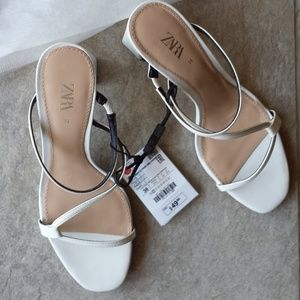 NWT Zara White Strappy Sandals Shoes